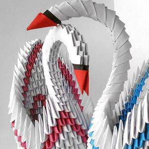 ПРЕПОРАКИ ОД ИЗОЛАЦИЈА: Правиме лебеди од хартија со Аница Солева (ВИДЕО)