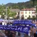 Неверојатна поддршка на навивачите на Бреша за медицинските работници (ВИДЕО)