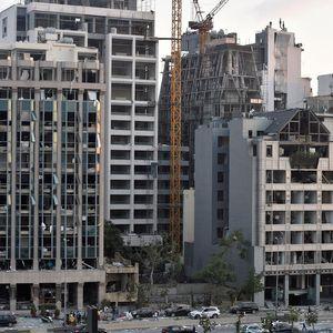 Политичка и економска криза во Либан: Земјата остана без лекови, гориво и пари во банките