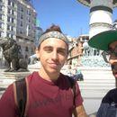 """Американски туристи ги броеја сите споменици од """"Скопје 2014"""""""