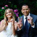 Конечно ја знаеме вистинската причина за разделбата на Џенифер Лопез и Алек Родригез