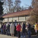Хрватска почна со вакцинација, турканици и редици во Загреб
