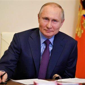 ФОТО | Путин ја одбележува годишнината од летот на Гагарин во вселената: Русија ќе остане водечка вселенска и нуклеарна енергија