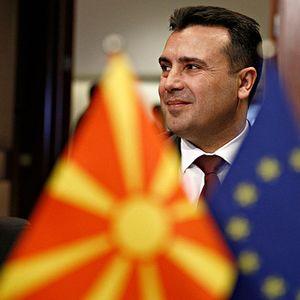 Заев: Ги поканивме соседните земјите членки од ЕУ да отворат зелени коридири, Грција се јави прва
