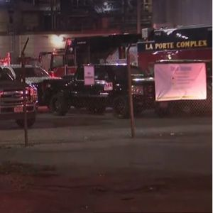 Несреќа во Тексас, двајца мртви и седум повредени при истекување на хемикалија