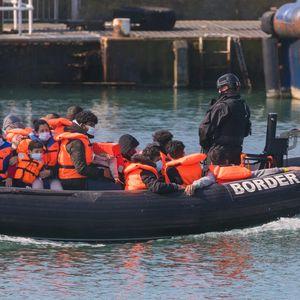 Во Ламанш спасени од давење 42 мигранти кои се обиделе да стигнат до Британија
