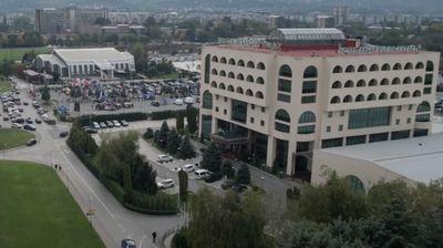 Дронот на Утрински брифинг над скопските улици, одржан најголемиот авто-мото настан земјава