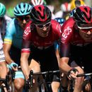 Geraint Thomas has coequipiers to thank as Stage 10 turns into epic battle in crosswinds