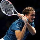 Медведев ще играe в Оукланд преди Australian Open, Оже-Алиасим – в Аделаида