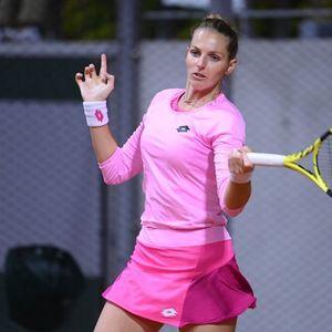 Каролина Плишкова е във втори кръг на Ролан Гарос след обрат срещу Шериф