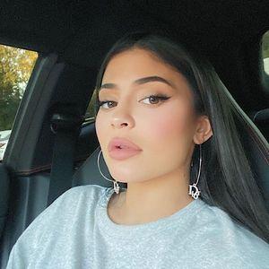 Kylie Jenner reveals she often flew on Kobe Bryant's tragic helicopter with 'nice' pilot Ara Zobayan