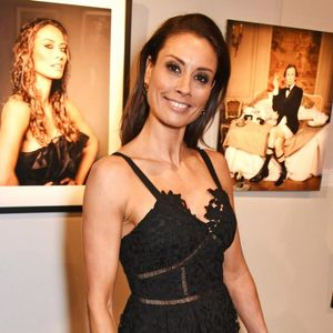 Who is Melanie Sykes and when was she dating Steve Coogan?