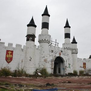 Creepy pictures show abandoned remains of Camelot theme park – which could now be worth almost £800,000