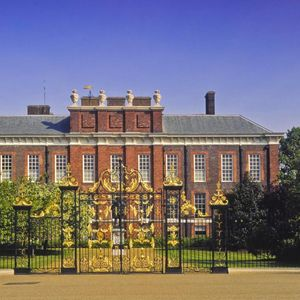 Inside the VERY lavish royal homes, including Kate Middleton's plush living room and The Queen's gold piano