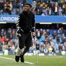Chelsea consider offering Hudson-Odoi Hazard's number 10 shirt to help him agree new deal
