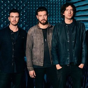 Snow Patrol cancel Glastonbury performance as bandmember Johnny McDaid needs immediate neck surgery