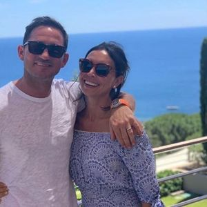 Frank Lampard will replace Maurizio Sarri as Chelsea manager next week after meeting with Roman Abramovich on £380m yacht in St Tropez