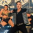 Robbie Williams announces huge Christmas Party show at Wembley and here's how you can get tickets