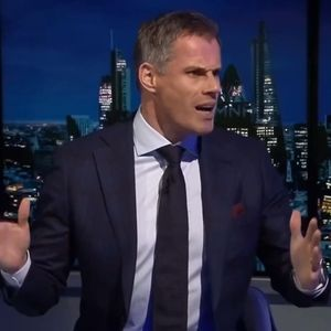 Carragher warns Van Dijk and Liverpool's new high-line defence 'face major problems' against Arsenal
