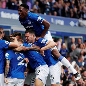 Premier League fantasy football: Best defenders – Everton's incredible early season form