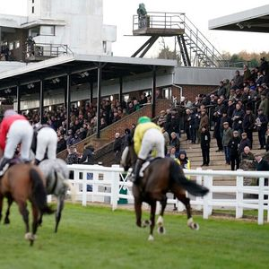 Sunday preview: Racecard, analysis and tips for the Friends & Family Remembering Norman Sharpe Handicap Hurdle at Plumpton