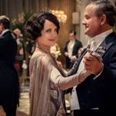 How did Downton Abbey end and where does the movie pick up?