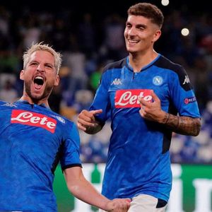 Napoli 2 Liverpool 0: Dries Mertens and Fernando Llorente see Klopp's men lose for first time in FOUR months after Van Dijk howler