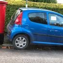 Furious neighbour blasts 'selfish prat' motorist who blocked postbox in angry note left on car