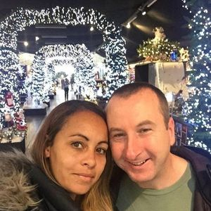 Coronation Street's Andrew Whyment tries to throw fans off I'm A Celebrity scent with garden centre selfie