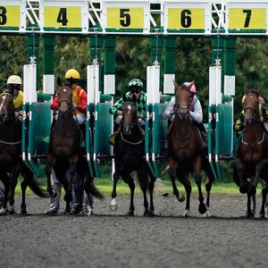 Kempton tips: Racecard, analysis and preview for the feature contest on Monday