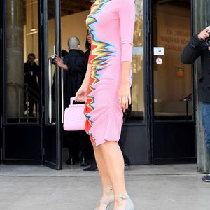 Pixie Lott shows off her funky style in colourful dress at Paris Fashion Week