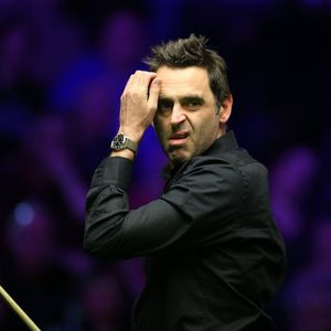 Ronnie O'Sullivan's sister claims their 'toxic' mum calls the snooker legend's girlfriend a 's**g'