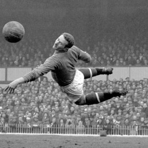 Hero of Munich Harry Gregg deserves to be remembered as a shining light — on and off the pitch