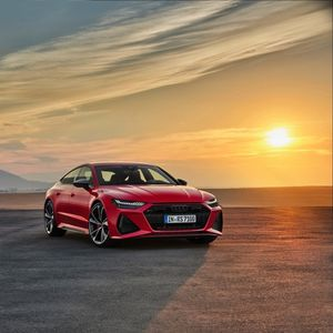 Audi's RS7 is powerful, practical, packs a punch with 4-litre twin turbo V8 engine and has stunning looks