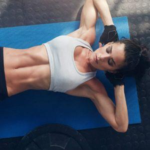 Кратка вежба за зајакнување на стомакот и отстранување на масни наслаги за работа од дома