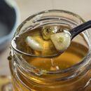 Паста од мед и лук: Најмоќниот лек на светот!
