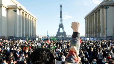 Protesti u Francuskoj zbog zabrane snimanja policajaca
