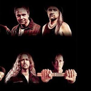 """W.E.T. представят лирик-видеото """"One Final Kiss"""""""