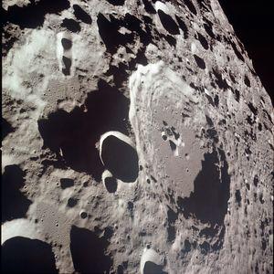 NASA pretvara Mesečev krater u gigantski radio teleskop prečnika jedan kilometar
