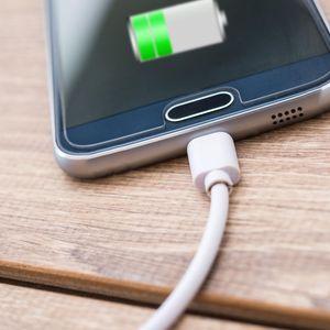 Šta mislite o uvođenju univerzalnog punjača za sve pametne telefone?