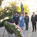 Predstavnici grada i Ruskog doma položili vence u parku Aleksandrov