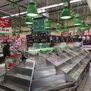 Panika u Šangaju: Koronavirus opustošio prodavnice, Kinezi pripremili zalihe hrane zbog karantina
