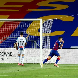 Barselona izbacila Espanjol iz Primere posle 27 godina, Suarez treći najbolji strelac u istoriji