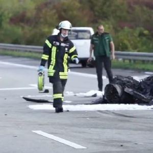Influenser izgubio kontrolu nad Lamborginijem u ilegalnoj trci, ubio vozača Škode: Užas na autoputu