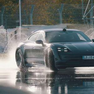 Električni Porsche prevalio 42.171 kilometar driftujući!