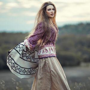 Moda inspirisana etno motivima: Rese, vez i cvetni dezeni je stil koji ćemo nositi ovog proleća