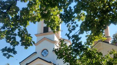 Crkva u Kotežu ima najlepši park na levoj obali Dunava: Nastala je u vreme patrijarha Pavla