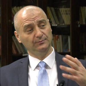 In medias res Nenad Ivanišević  25.02.2020.