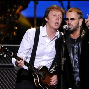 Пол и Ринго запеа во дует