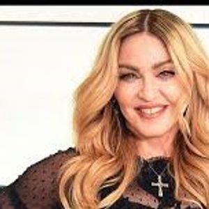 """Видео: Како Мадона се """"леkува"""""""